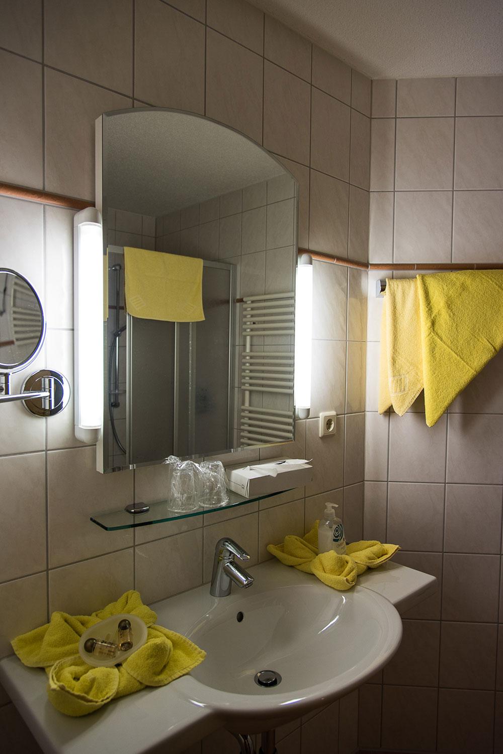 Bad in der Ferienwohnung im Vilshof